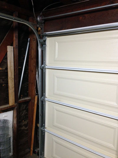 Garage Door Maintenance in Florida